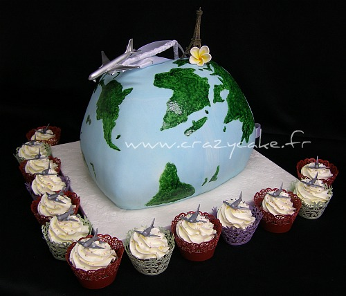 3D Wedding Cake And Cupcakes The Theme Was Travel So We