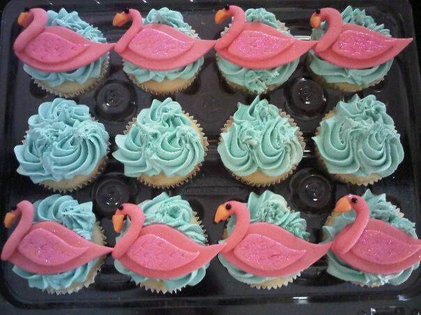 Flamingo Cupcake Cake