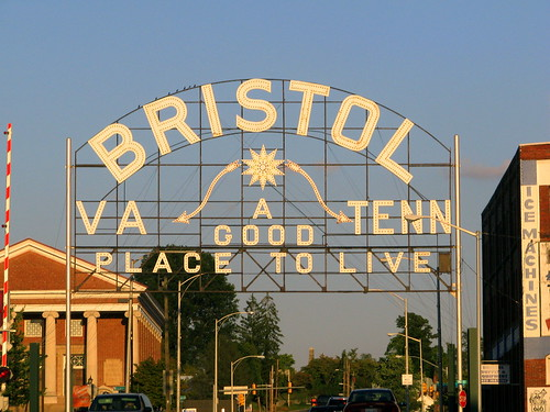 Bristol VA TENN Sign Daytime View One Of Only 33 Signs Flickr