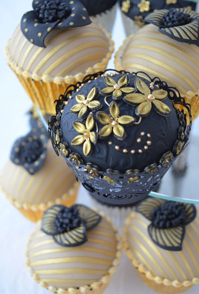 Gold And Black 40th Birthday Chocolate Sponge With