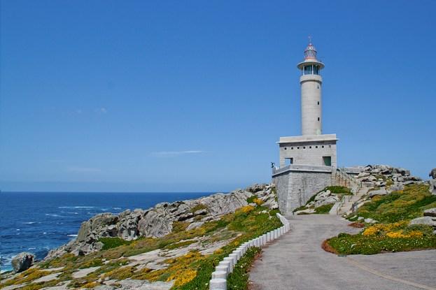 Resultado de imagen de Faro de Punta Nariga