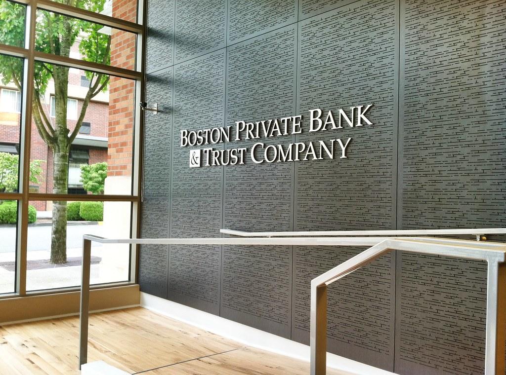 Interior Bank Signage Bank Interior Design Bank Decor