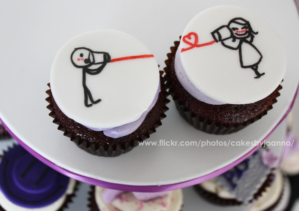Love couple cupcakes   Visit my Blog at  www TheCakingGirl c      Flickr     Love couple cupcakes   by TheCakingGirl ca