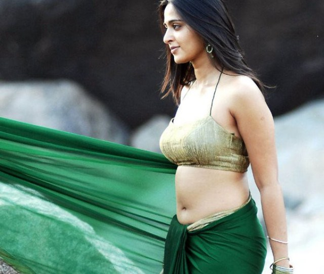 Anushka In Hot Wet Saree Pics By Gb Soft