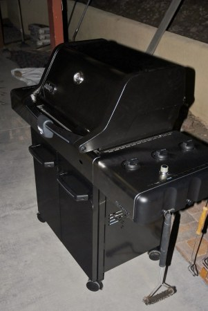 20120526 New Weber Spirit E 310 3 Burner Propane Gas Grill      Flickr     20120526 New Weber Spirit E 310 3 Burner Propane Gas Grill with Cast  Iron