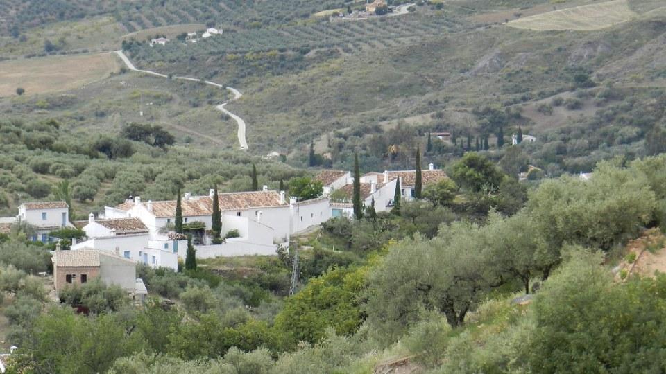 Periana aldea Baños de Vilo Malaga 18