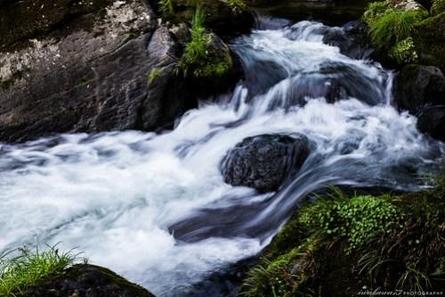 川 - River