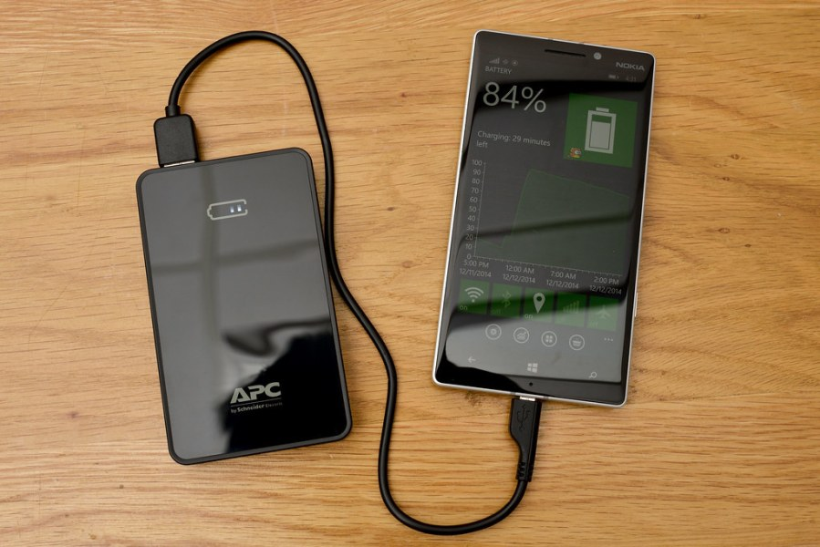 APC M5 Power Bank Schneider Electric   trungdt2013   Flickr     APC M5 Power Bank Schneider Electric   by trungdt2013