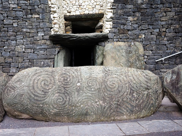 Located in the east of Ireland, is a fascinating Neolithic burial tomb called Newgrange #Ireland #History #brunaboinne #AncientIreland #Irelandsancienteast