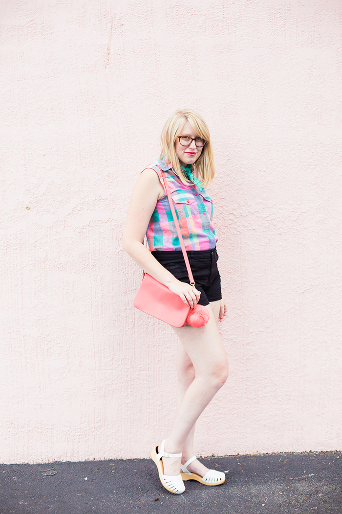 colorful vintage button down and high waisted shorts
