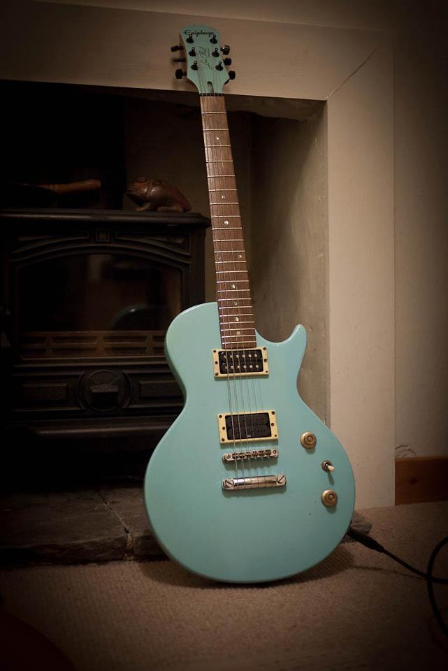 Epiphone Les Paul Special Refinish Front View Guitar