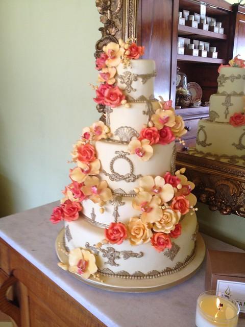 Gia's Cakes, Crestline