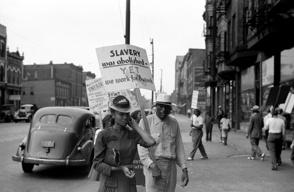 Picket line at Mid-City Realty Company, South Chicago, Illinois (The Bitter Years 001)
