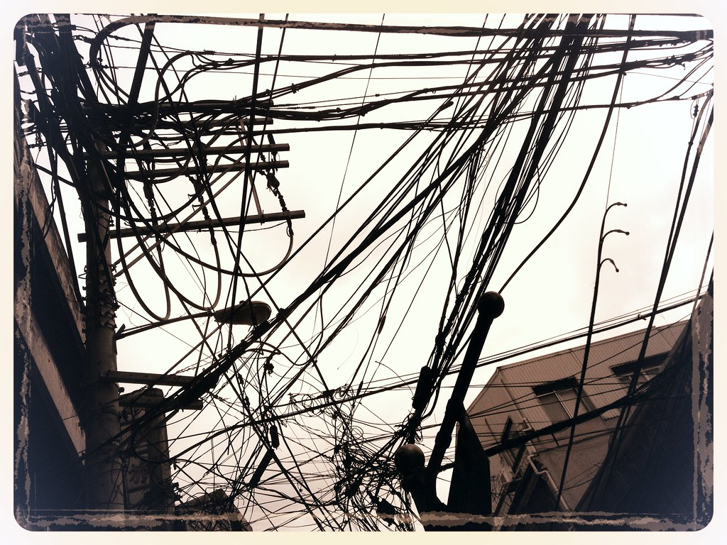 Telephone wires congested binondo chinatown manila philipp… flickr