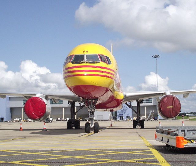 G Bmra Boeing 757 236sf Dhl By R K C Photography