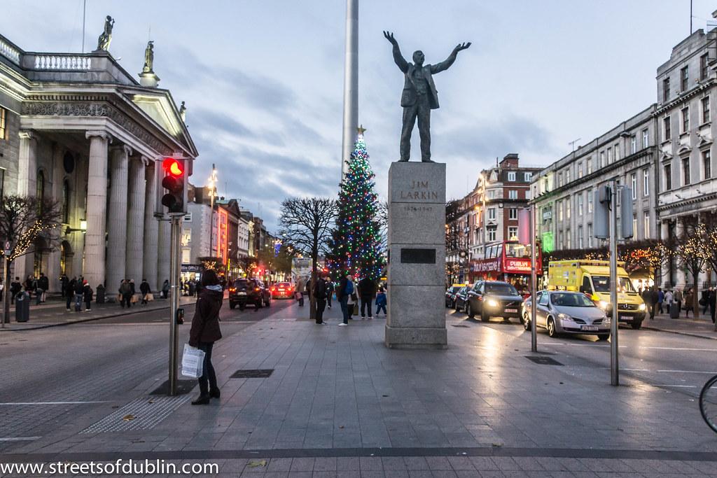 Christmas Tree In OConnell Street Dublin Since 2008 A
