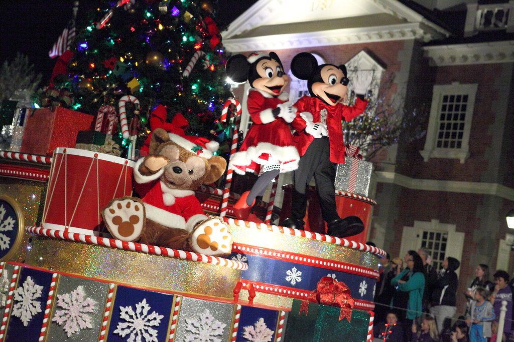 Mickey Minnie And Duffy Mickey And Minnie Mouse With