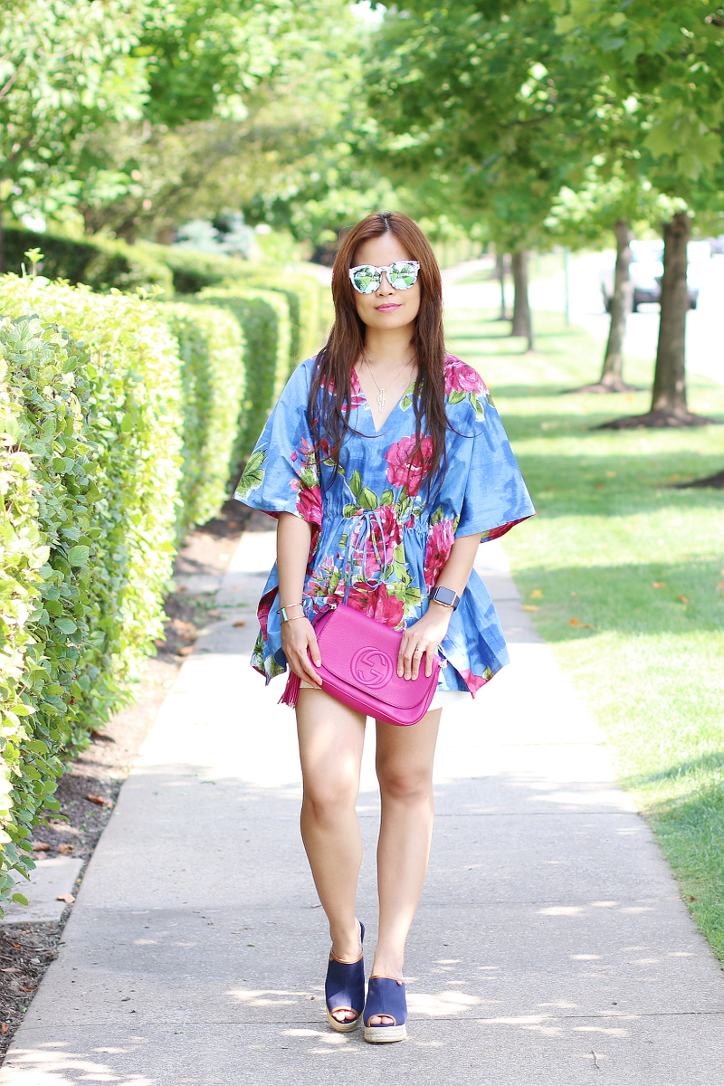 kaftan-floral-blouse-shorts-wedges-8