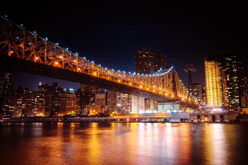 Skyline Nyc Brooklyn And Black White Bridge