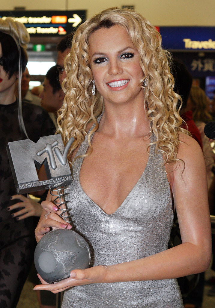 Britney Spears Two World Renowned Pop Stars Beyonce And