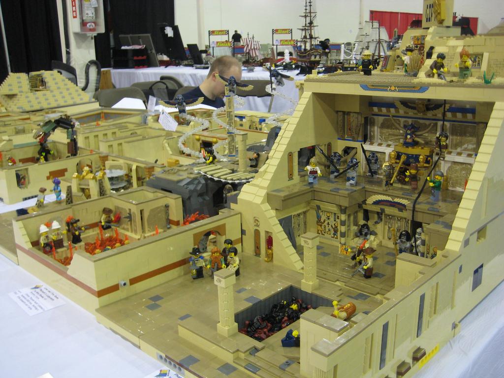 Pharaohs Labyrinth Layout 4 Brickfair 2012 Saw 10