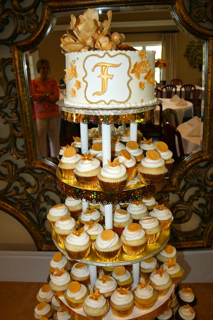 50th Anniversary Cake Amp Cupcakes Fairmont Field Club