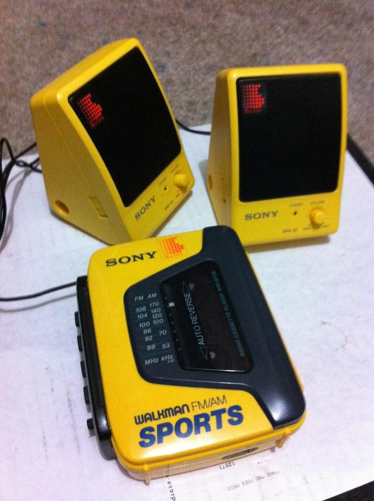 Sony Walkman And Matching Mini Speakers Sony WM AF 59