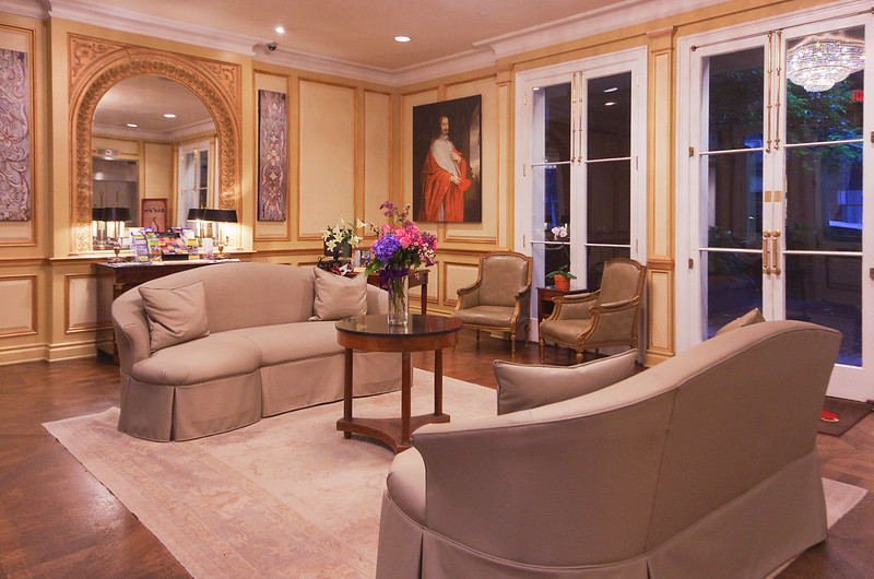 hotel mazarin lobby