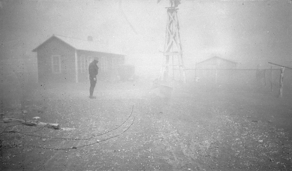 Dust storm. It was conditions of this sort which forced many farmers to abandon the area. Spring 1935. New Mexico. Apr, 1935. Photographer: Dorothea Lange.