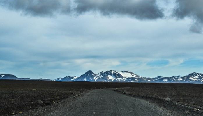 Tierra negra en las Highlands islandesas