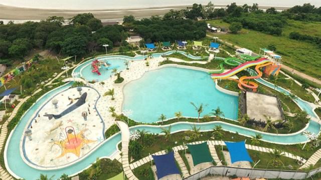 Waterpark aerial