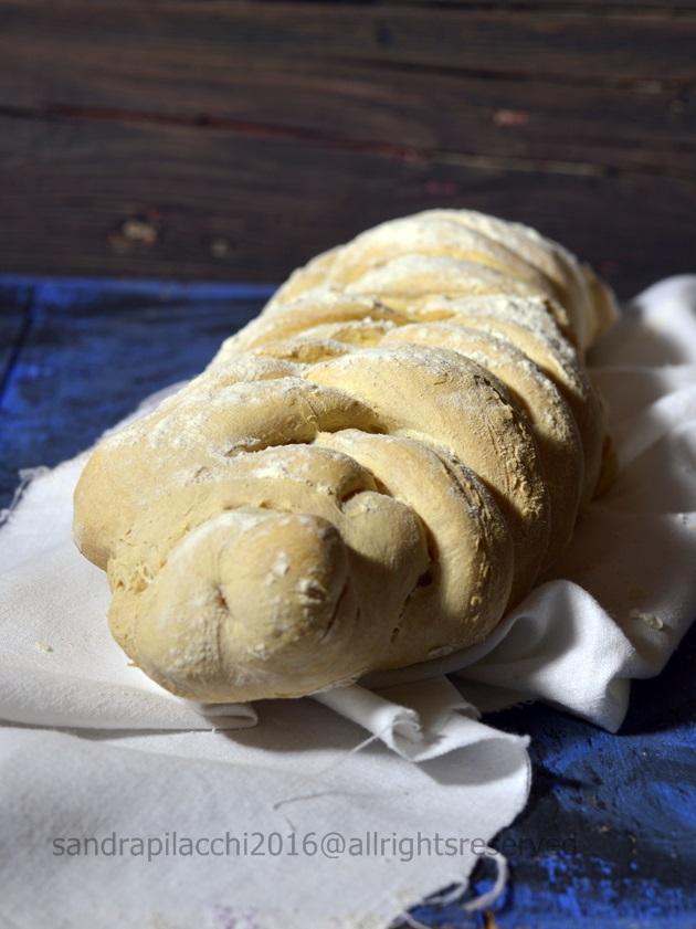 pane intrecciato orzo 3