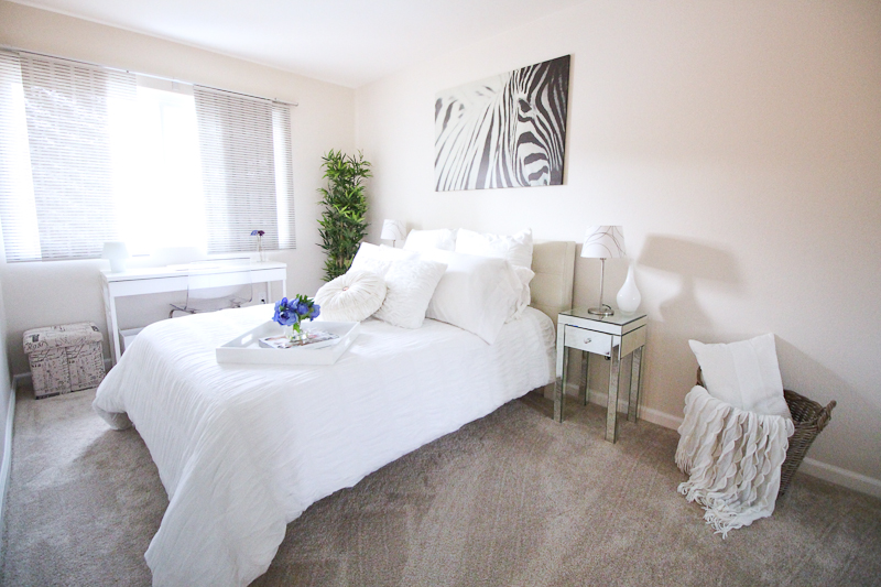 love olia guest room
