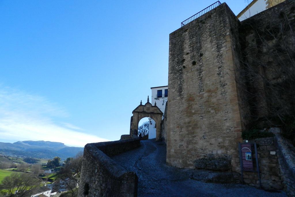 Ronda Arco de Felipe V Malaga 01