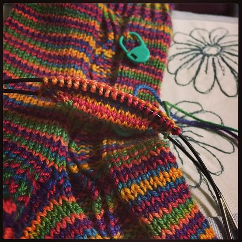 Zigzagular Socks