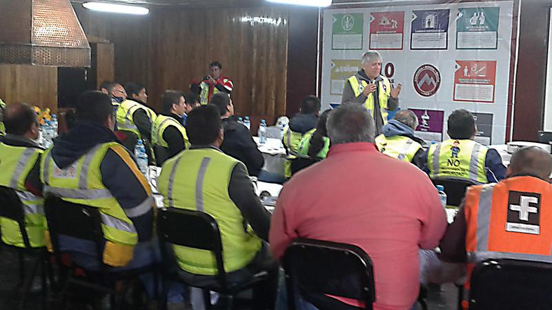 Ingeniero Belisario Pérez en charla