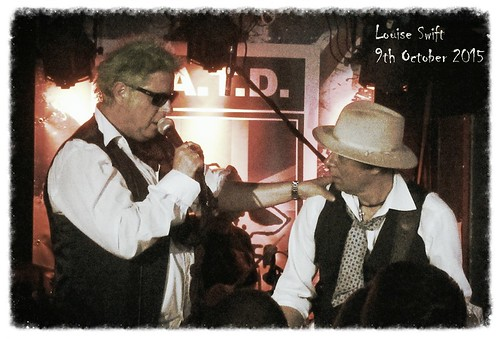 Wayne Barrett and Mick Rossi - Slaughter & The Dogs