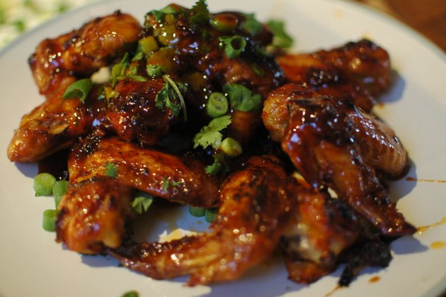 Sriracha Glazed Wings 04