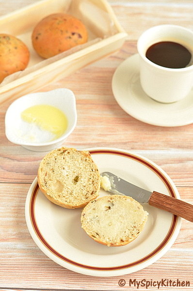 Home Bakers Challenge, Savory Bakes,  Dinner Rolls, Savory buns,