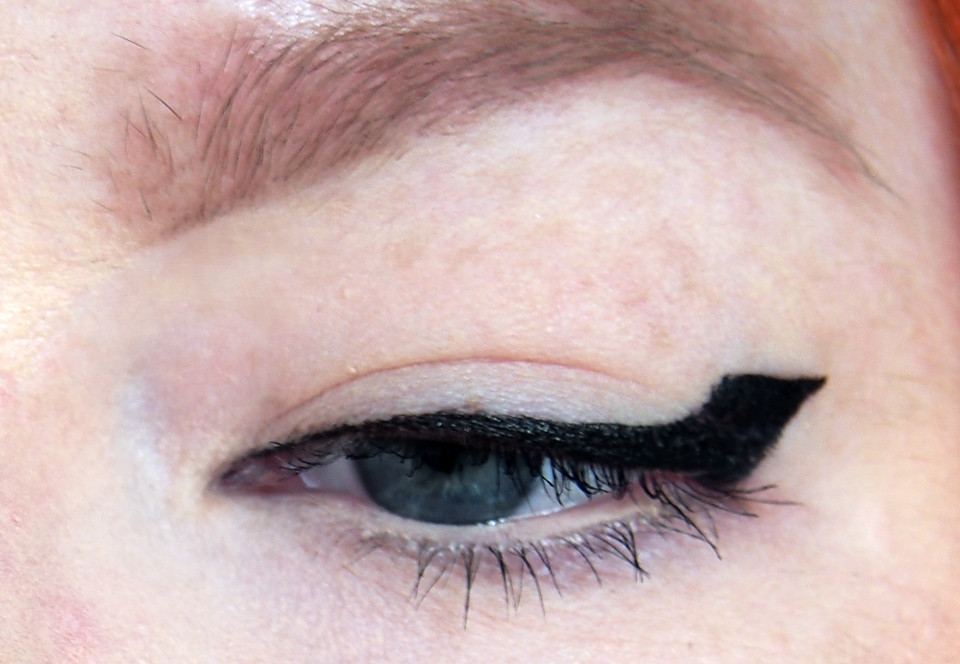 rajaus raskaille luomille lining hooded lids