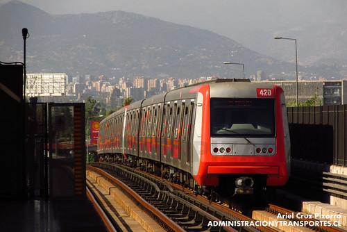 Metro de Santiago - Alstom AS2002 R4469-R4420 - Las Torres / Macul (L4)