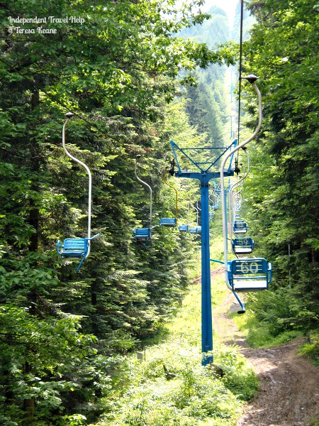 Chair lifts up to Gora Chelm