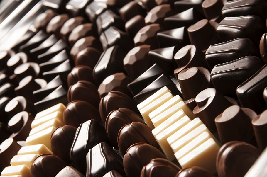 Hd Wallpaper Chocolates And Milk Flavor Chocolates Dark Chocolate Milk Chocolate Wallpaper Flare