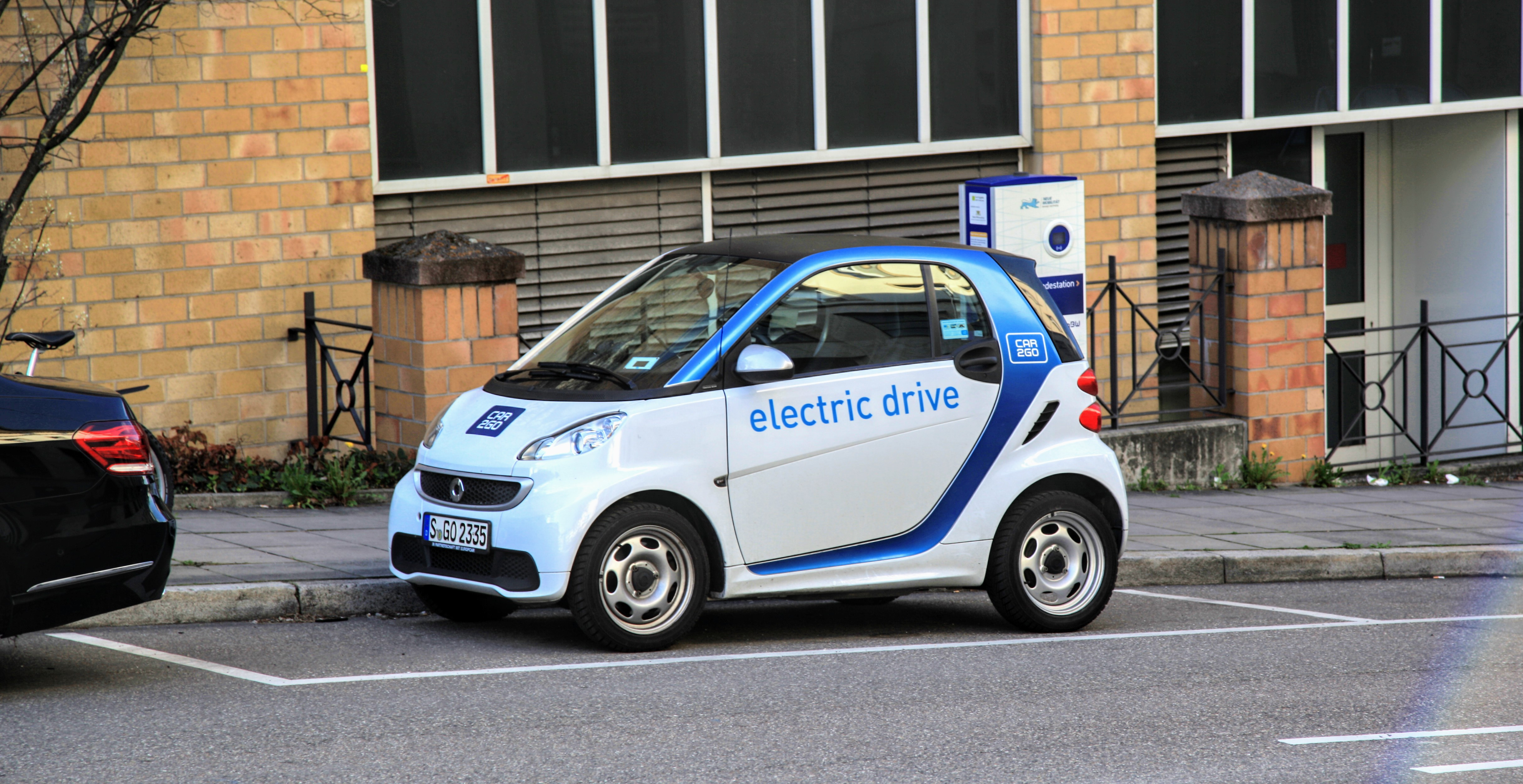 Plug In Hybrid Electric Vehicles
