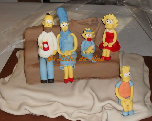 Bolo Decorado 3D Simpsons no Sofá