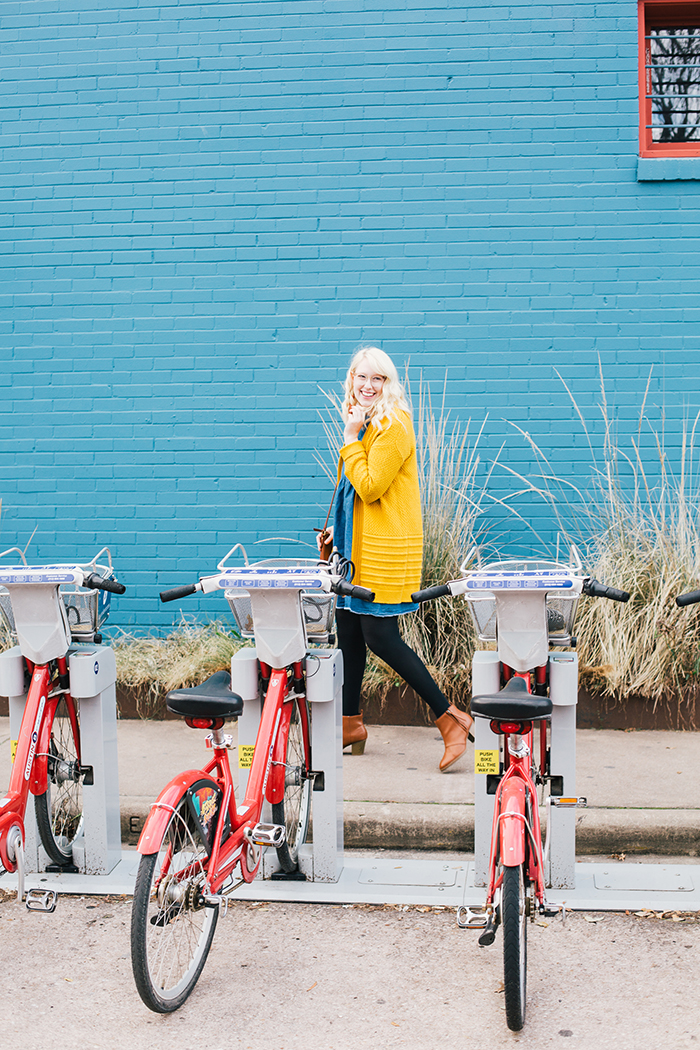 austin style blogger asos smock dress yellow sweater10