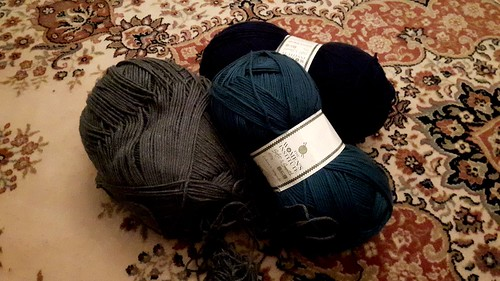 Lots of wool ready for knitting