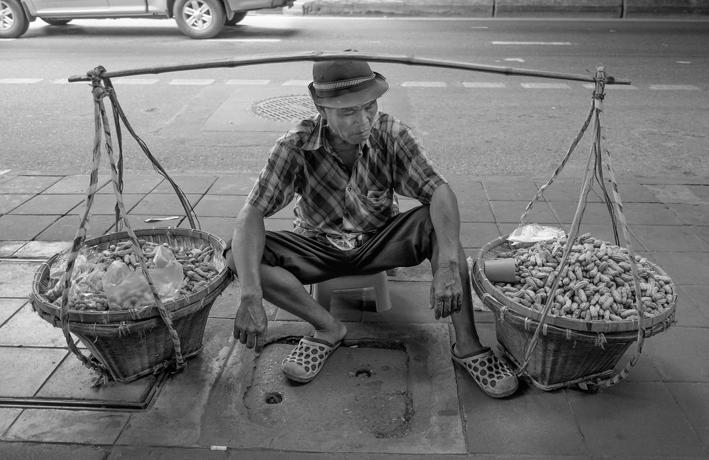 Peanut salesman, Bangkok