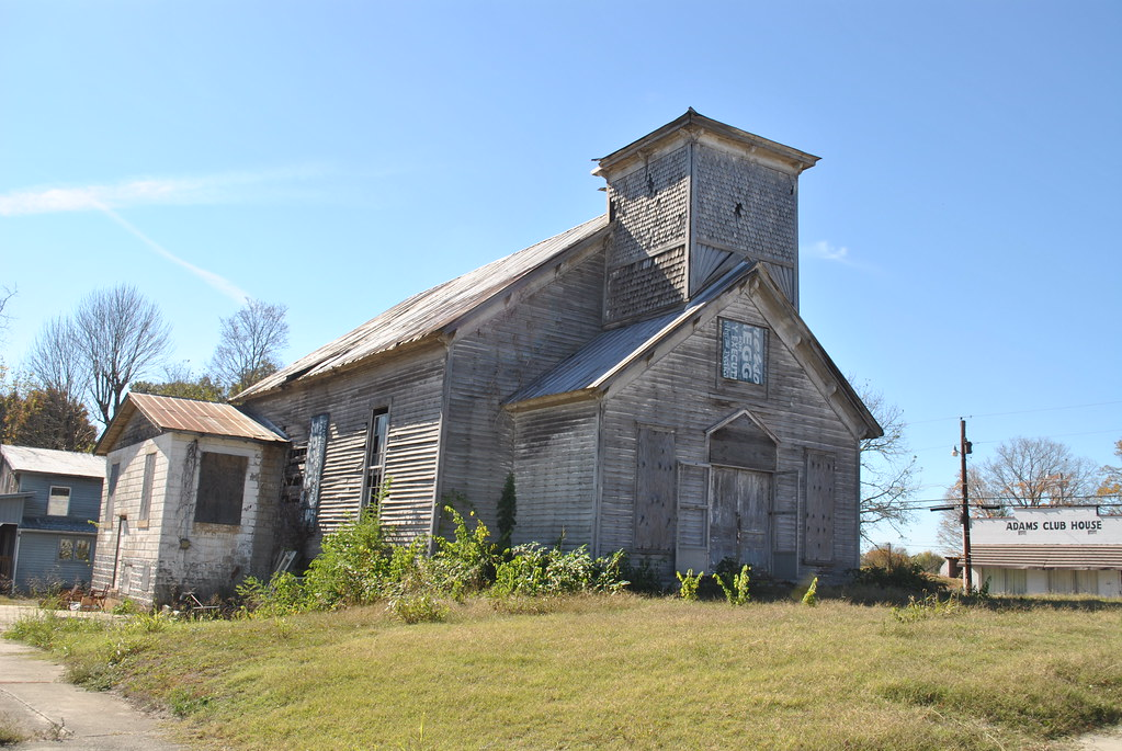 Abandoned Farmhouseysis