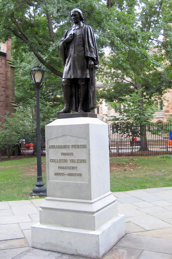 CT New Haven Yale University Abrahamus Pierson Statue